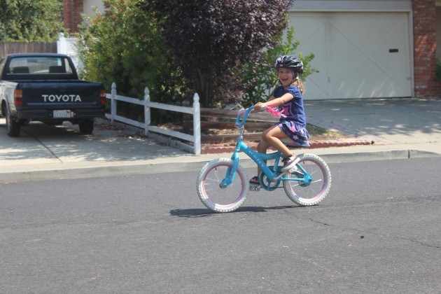 No more training wheels! Yay Faithy!
